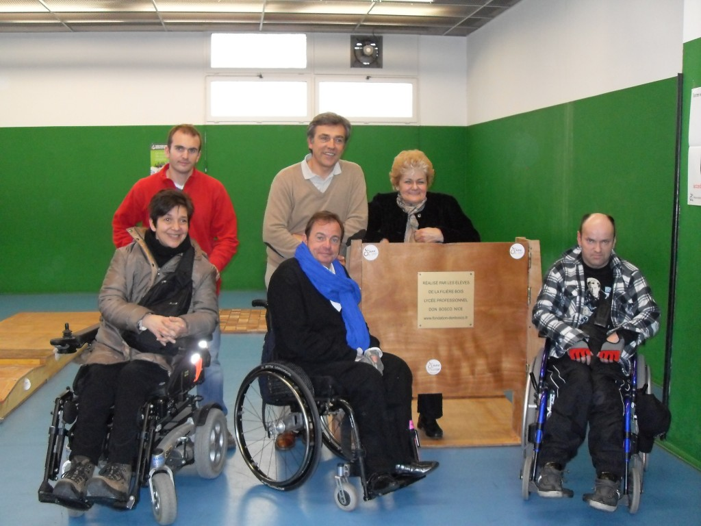 sensibilisation au handicap a la ville de nice apf. Black Bedroom Furniture Sets. Home Design Ideas