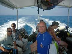plongee bateau gpe pierre 07 2011.jpg